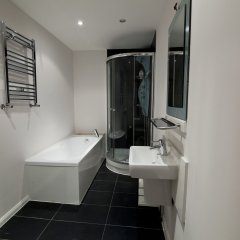Отель Mstay 291 Suites ванная