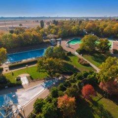 Отель Easy Lodges бассейн