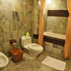 Vinh Hung Heritage Hotel ванная