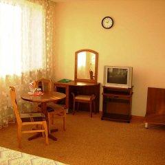 Гостиница Набережная Стандартный номер с двуспальной кроватью фото 4