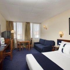 Отель Holiday Inn Lisbon комната для гостей