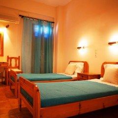 Отель Perdika Mare сейф в номере