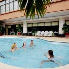 Asean HaLong Hotel бассейн