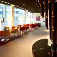 Отель Park Inn by Radisson Leuven Бельгия, Лёвен - 1 отзыв об отеле, цены и фото номеров - забронировать отель Park Inn by Radisson Leuven онлайн интерьер отеля фото 2