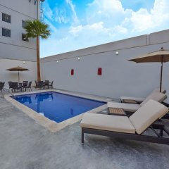 Hotel Extended Suites Coatzacoalcos Forum бассейн фото 2