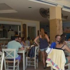 Отель Koukounari 2 Rooms Греция, Агистри - отзывы, цены и фото номеров - забронировать отель Koukounari 2 Rooms онлайн гостиничный бар