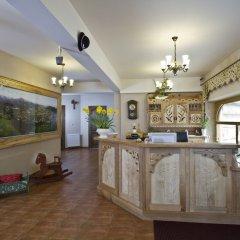 Отель Pensjonat Zakopianski Dwór интерьер отеля фото 2