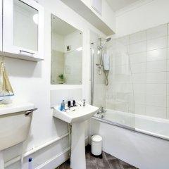 Отель Spacious 2BR Home in New Town Великобритания, Эдинбург - отзывы, цены и фото номеров - забронировать отель Spacious 2BR Home in New Town онлайн ванная фото 2