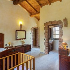 Отель Farmhouse Located in the Beautiful Aulla in Northern Tuscany Аулла фото 19