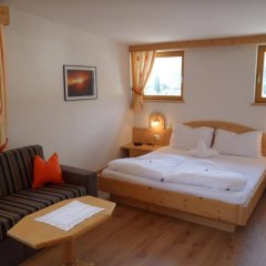 Hotel FleurAlp Чермес комната для гостей фото 2