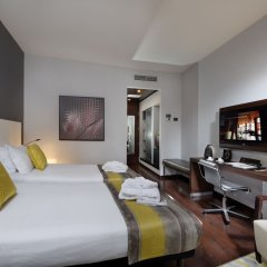 Отель Savhotel Италия, Болонья - 3 отзыва об отеле, цены и фото номеров - забронировать отель Savhotel онлайн комната для гостей фото 5