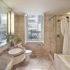 Отель Omni Berkshire Place США, Нью-Йорк - отзывы, цены и фото номеров - забронировать отель Omni Berkshire Place онлайн ванная фото 2