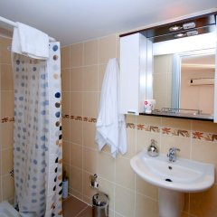 Vela Garden Resort Турция, Чешме - отзывы, цены и фото номеров - забронировать отель Vela Garden Resort онлайн ванная фото 2