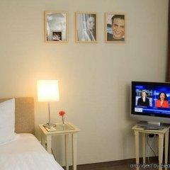 Отель H'Otello B'01 Германия, Мюнхен - 8 отзывов об отеле, цены и фото номеров - забронировать отель H'Otello B'01 онлайн комната для гостей фото 2