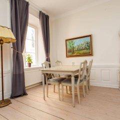 Отель ApartDirect Gamla Stan II Стокгольм в номере