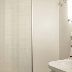Отель Ibis Cornella ванная