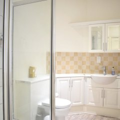 Отель Spacious 1 Bedroom Flat In Piccadilly Circus ванная