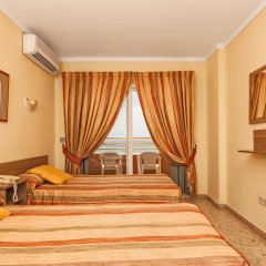 Отель Apartamentos Stella Maris ( Marcari Sl.) Испания, Фуэнхирола - 1 отзыв об отеле, цены и фото номеров - забронировать отель Apartamentos Stella Maris ( Marcari Sl.) онлайн комната для гостей фото 3