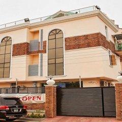 Отель Lakeem Suites - Agboyin Surulere парковка