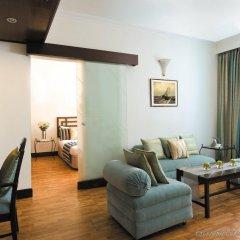 Отель Vivanta Ambassador, New Delhi Индия, Нью-Дели - отзывы, цены и фото номеров - забронировать отель Vivanta Ambassador, New Delhi онлайн комната для гостей фото 2