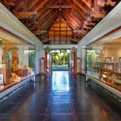 Отель Maradiva Villas Resort and Spa интерьер отеля фото 3