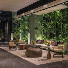Отель DoubleTree by Hilton Bangkok Ploenchit Бангкок интерьер отеля фото 3
