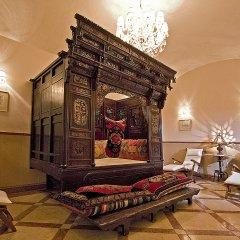 Отель Alchymist Grand Hotel & Spa Чехия, Прага - 5 отзывов об отеле, цены и фото номеров - забронировать отель Alchymist Grand Hotel & Spa онлайн интерьер отеля фото 2