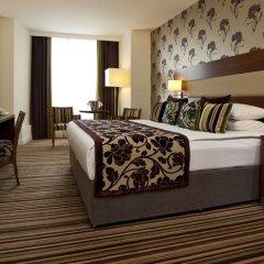 Отель Ramada Plaza Liege City Center Льеж сейф в номере
