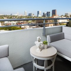 SLS Hotel, a Luxury Collection Hotel, Beverly Hills балкон