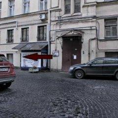 Отель Жилое помещение Все свои на Большой Конюшенной Санкт-Петербург