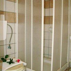 Отель Skyfall Греция, Корфу - отзывы, цены и фото номеров - забронировать отель Skyfall онлайн ванная
