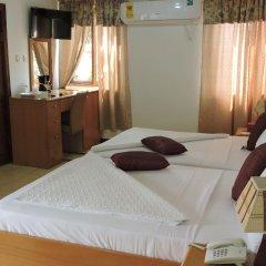 Allseasons Hotel Ltd комната для гостей