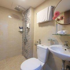 Отель Mr Sun Hotel - Travel Вьетнам, Ханой - отзывы, цены и фото номеров - забронировать отель Mr Sun Hotel - Travel онлайн ванная