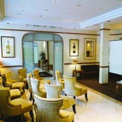Отель Royal Hotel Paris Champs Elysées Франция, Париж - отзывы, цены и фото номеров - забронировать отель Royal Hotel Paris Champs Elysées онлайн фото 21