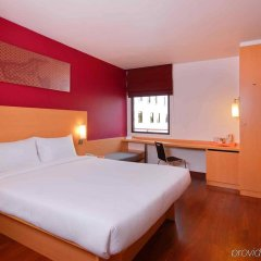 Отель Ibis Bangkok Riverside комната для гостей фото 5
