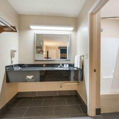 Отель Rodeway Inn Meridian ванная