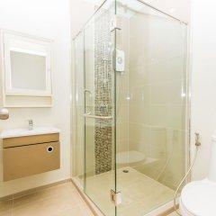 Отель Dlux Condominium Таиланд, Бухта Чалонг - отзывы, цены и фото номеров - забронировать отель Dlux Condominium онлайн ванная фото 2