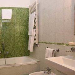 Hotel Ateneo ванная