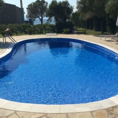 Отель Villa Arhondula бассейн