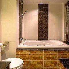 Tanawan Phuket Hotel ванная