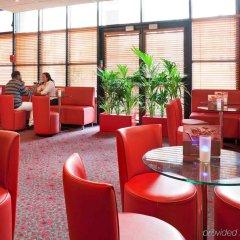 Отель Ibis Paris Pantin Eglise гостиничный бар