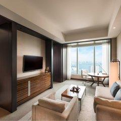 Отель Conrad Tokyo Япония, Токио - отзывы, цены и фото номеров - забронировать отель Conrad Tokyo онлайн комната для гостей