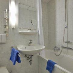 Отель Königswache Германия, Мюнхен - отзывы, цены и фото номеров - забронировать отель Königswache онлайн ванная фото 2