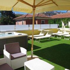 Отель Edelweiss Италия, Риччоне - отзывы, цены и фото номеров - забронировать отель Edelweiss онлайн бассейн