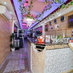 Отель Dana Al Buhairah Hotel ОАЭ, Шарджа - отзывы, цены и фото номеров - забронировать отель Dana Al Buhairah Hotel онлайн питание