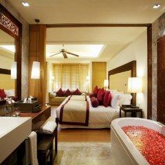 Отель Centara Grand Beach Resort Phuket Таиланд, Карон-Бич - 5 отзывов об отеле, цены и фото номеров - забронировать отель Centara Grand Beach Resort Phuket онлайн комната для гостей