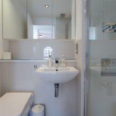 Отель 2 Bedroom House in Maida Vale With Balcony ванная