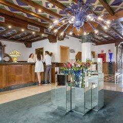 Hotel Fénix Torremolinos - Adults Only интерьер отеля фото 2