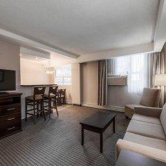 Отель Regency Suites Hotel Канада, Калгари - отзывы, цены и фото номеров - забронировать отель Regency Suites Hotel онлайн удобства в номере фото 2