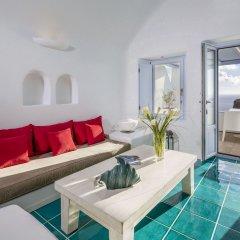 Отель Astra Suites комната для гостей